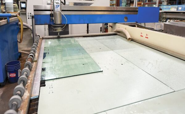Waterjet cutting table from HHH Tempering in use